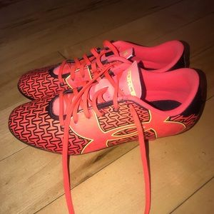Under Armour Soccer Cleats size 3.5